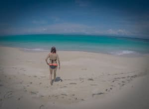 beach on zapatilla island