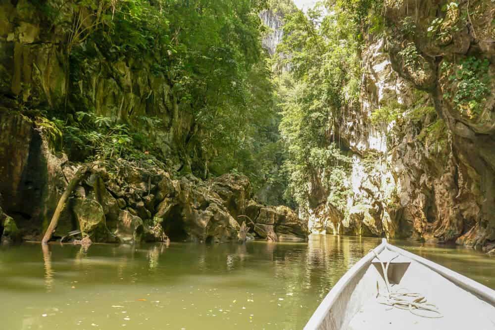 El Boqueron Canyon in rio dulce guatemala
