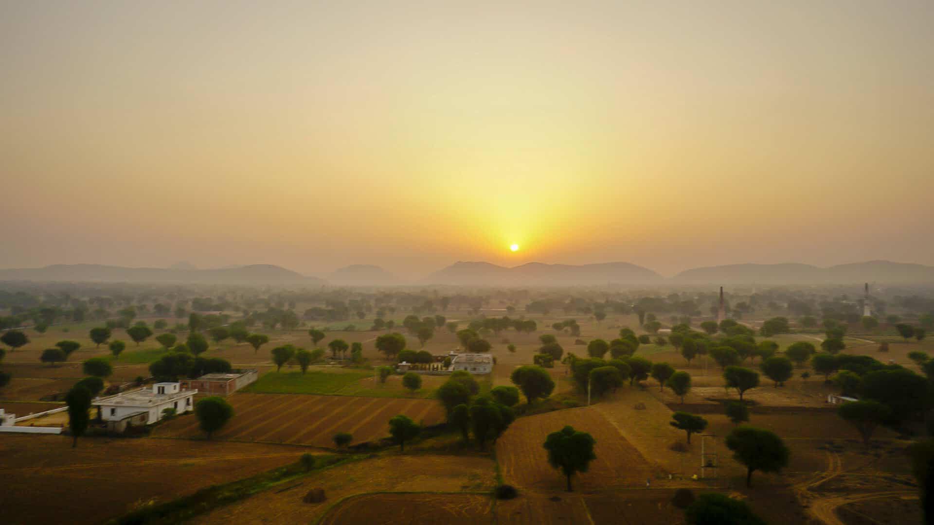sunrise views on a hot air balloon Jaipur
