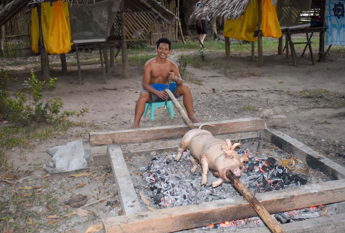 Tradtional Filipino pig roast with TAO Philippines
