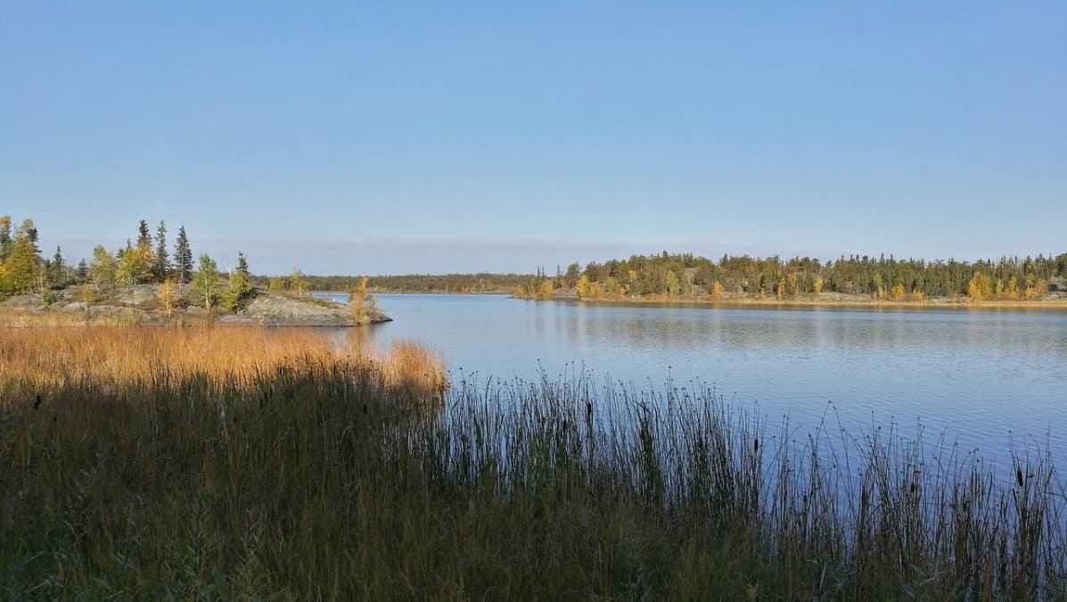lakes in yellowknife