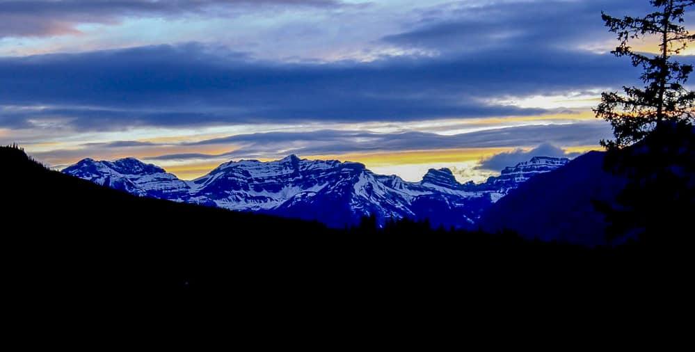 sunset best hikes banff national park
