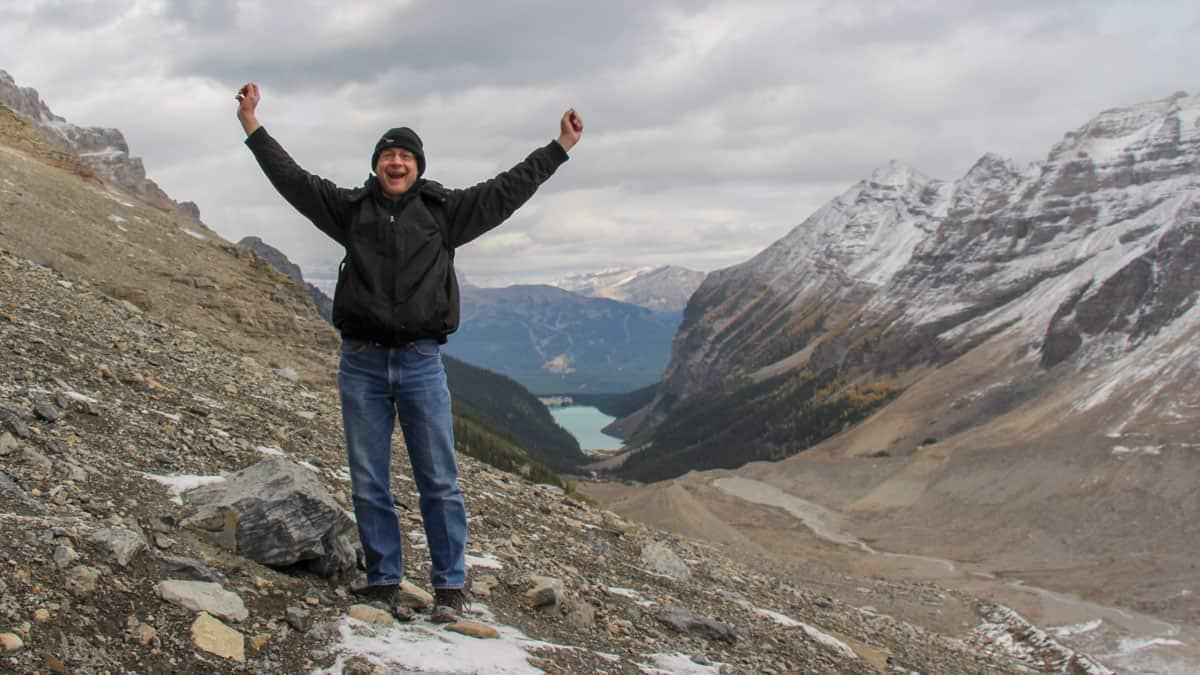 plain of six glaciers trail banff