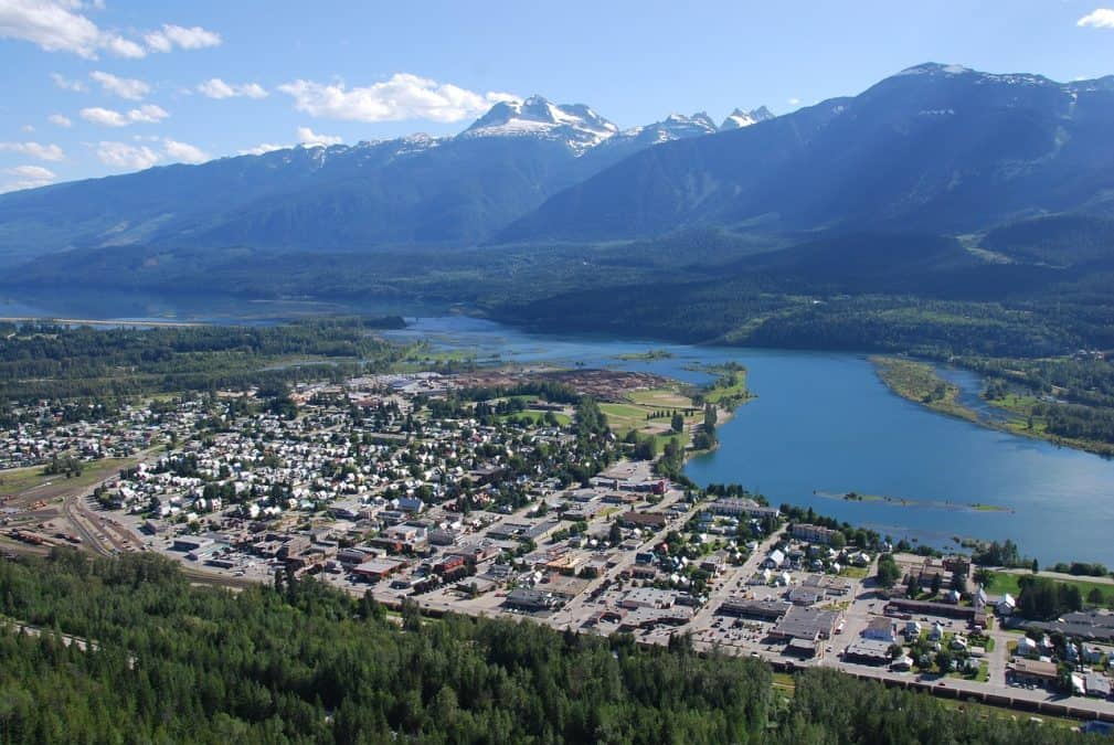 revelstoke vancouver to banff road trip