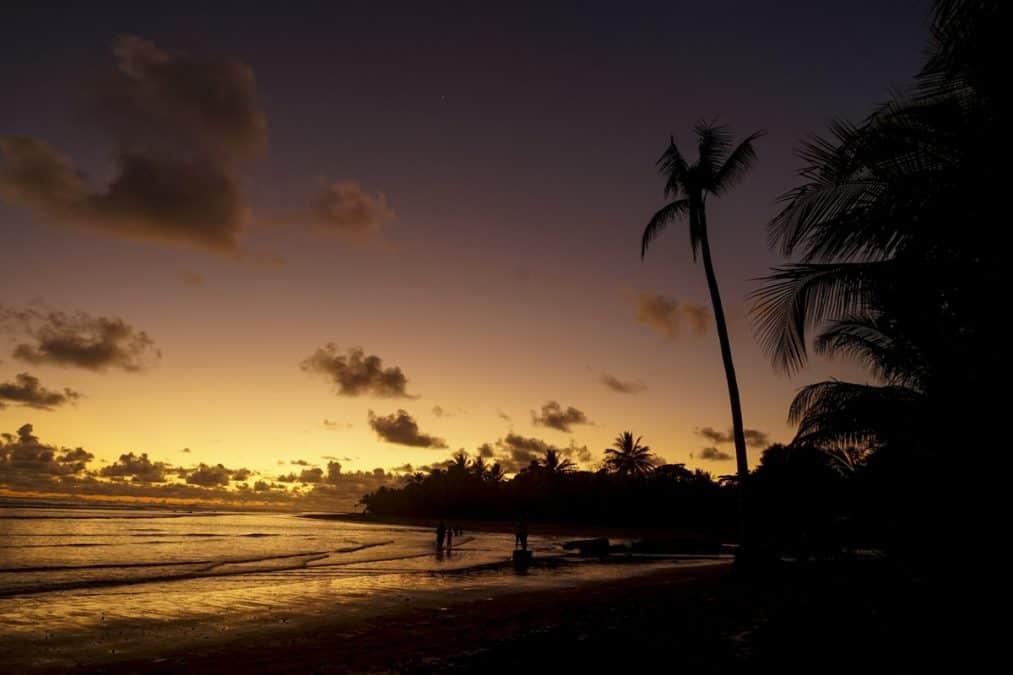 playa uvita sunset
