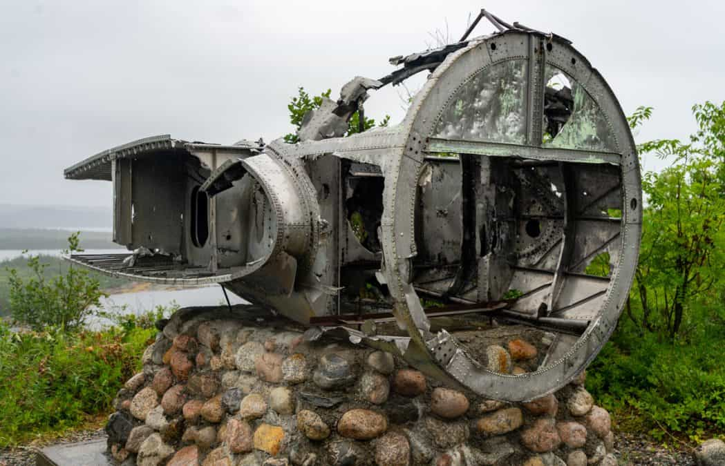 plane crash dover dault