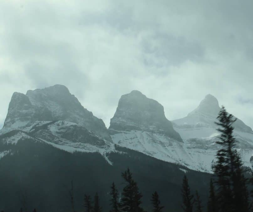 the three sisters canmore