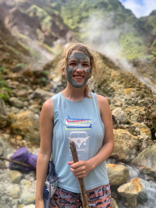 hiking boiling lake dominica